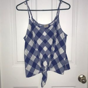 Women's Blue and white top